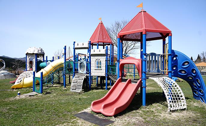 鹿角市アルパス公園遊具